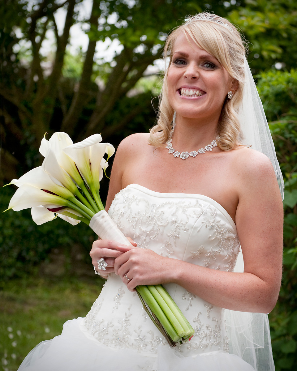 Bridgend-wedding-photographer-Bride-with-illies