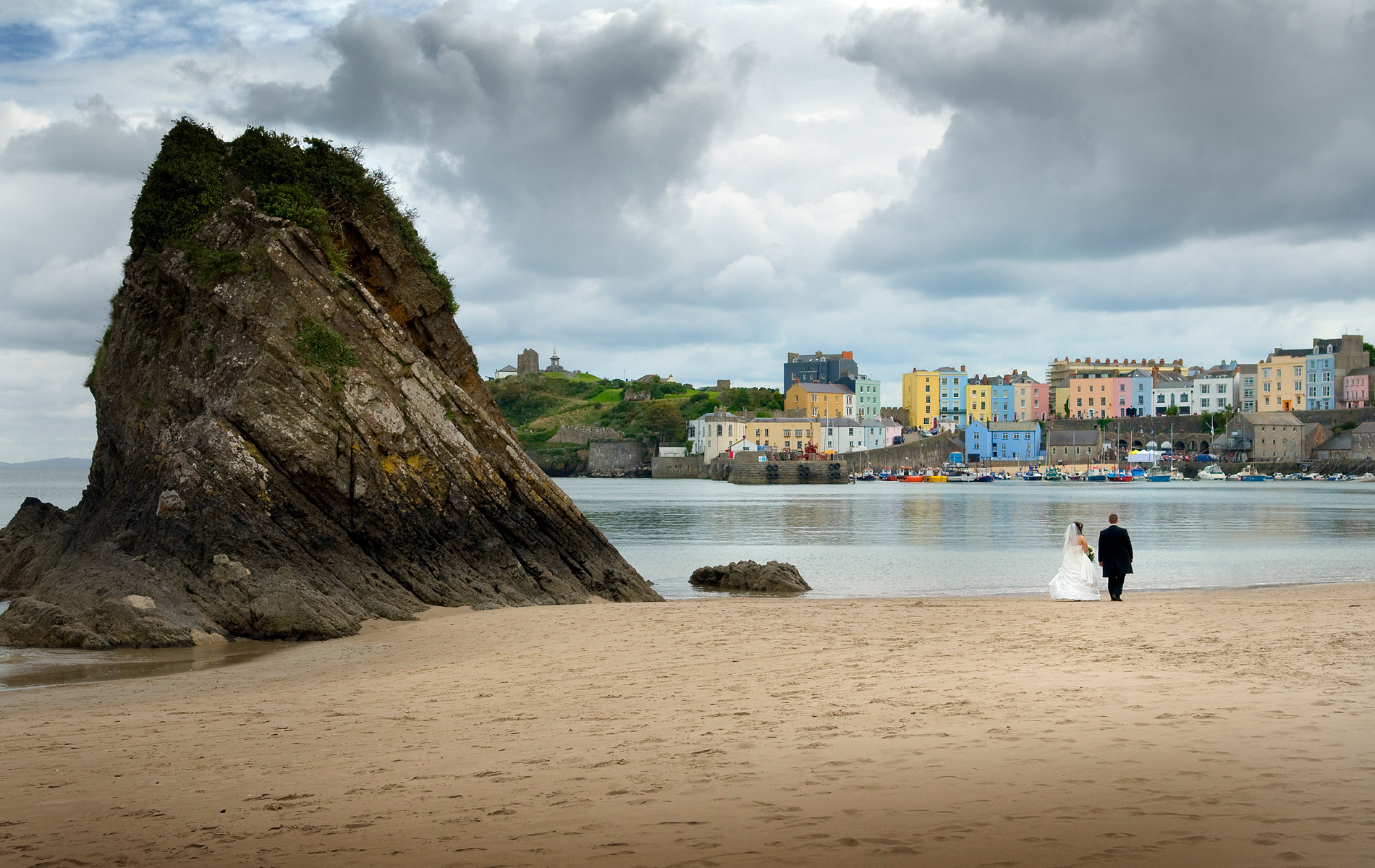 Pembrokeshire-wedding-photography-Bride-and-Groom-North-Beach-Tenby.