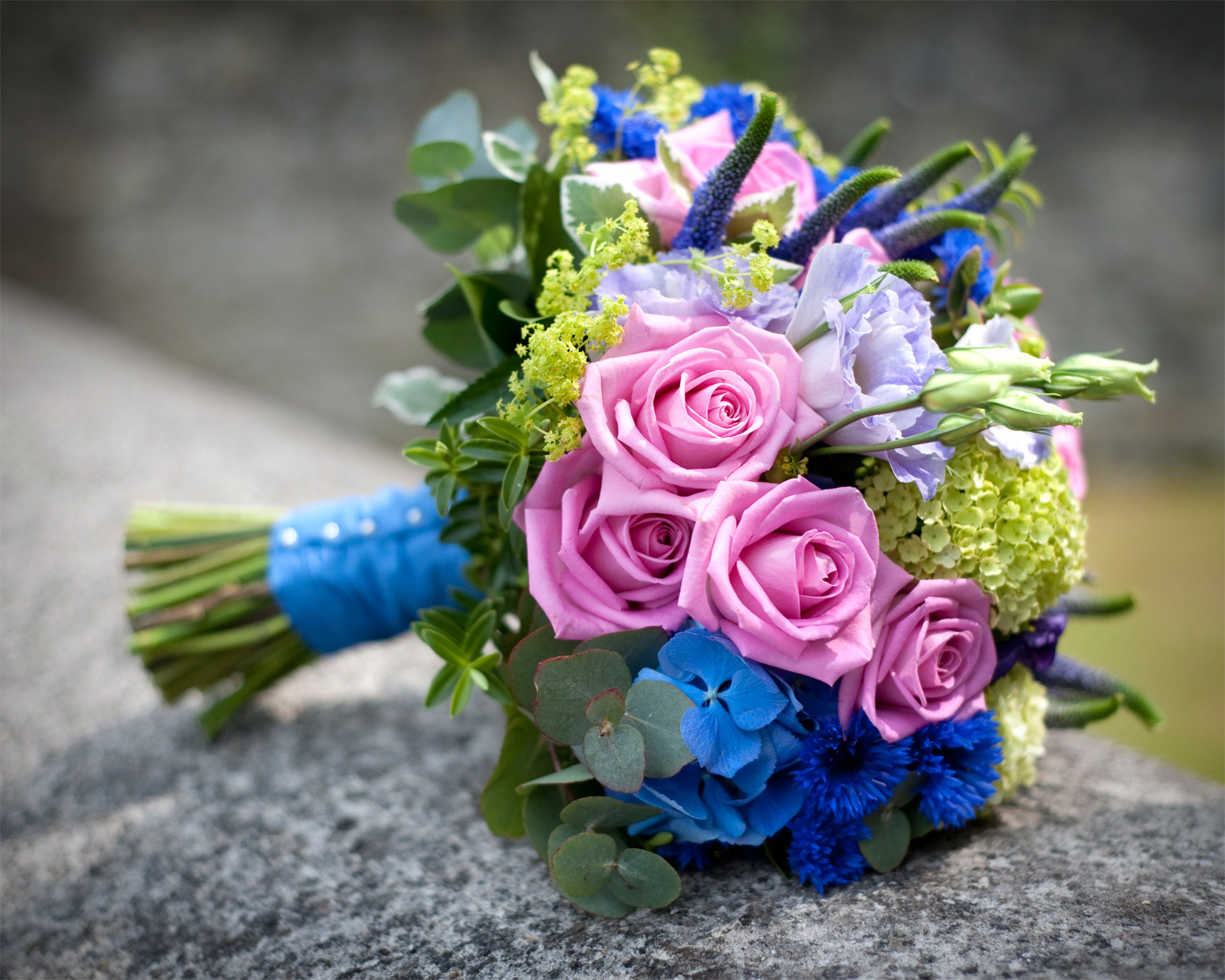 Wedding-bouquet-summer-wedding-wedmore-village-hall