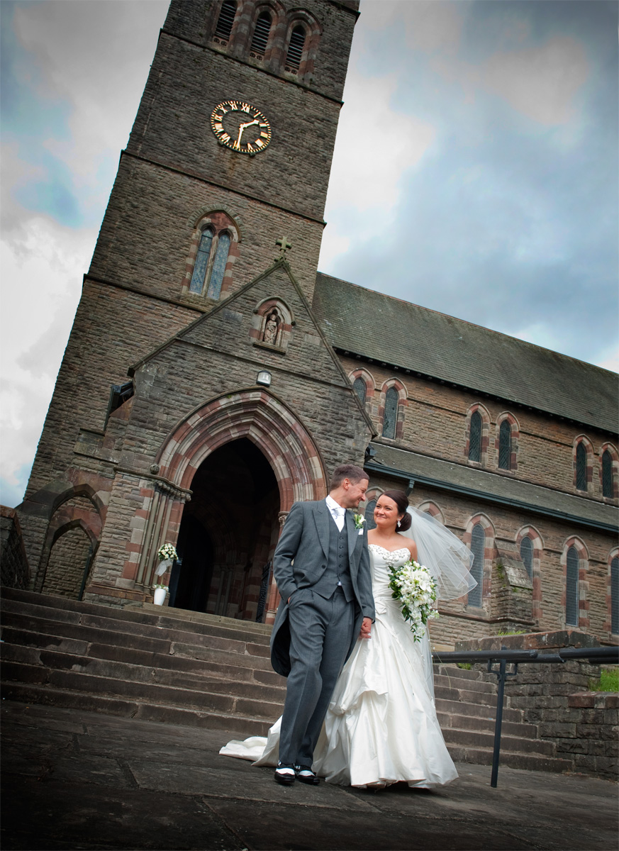 Porth-wedding-photography-Bride-and-groom-groom-Pontypridd-wedding-photographer